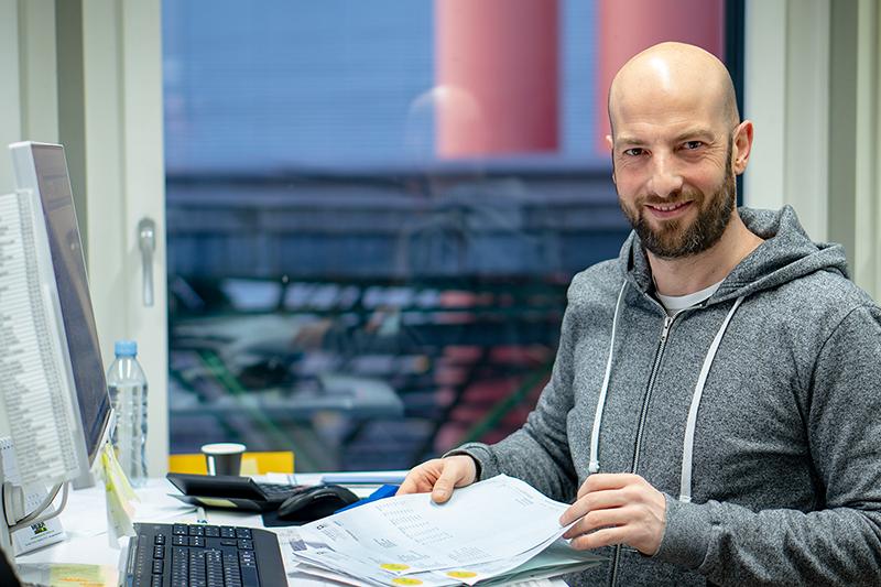 Salvatore Gangi at work